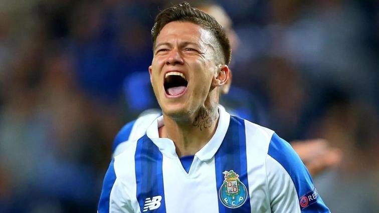 Son dakika: Galatasaray'dan Mesut Özil'i gölgede bırakacak transfer! Anlaşma tamam