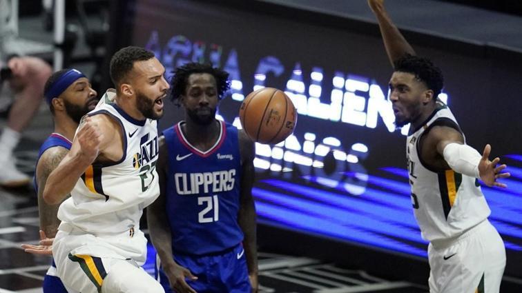 Utah Jazz, deplasmanda Los Angeles Clippers'ı devirip seriyi 9 maça çıkardı