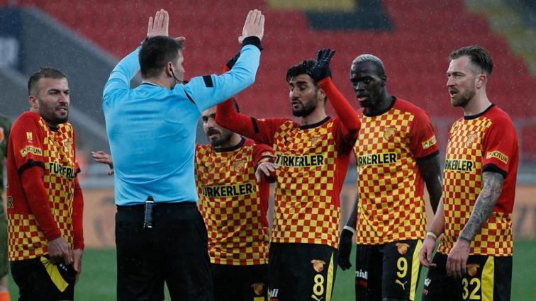 Göztepe son 4 yılda İstanbul'da çıktığı 19 maçta sadece 1 kez kazanabildi