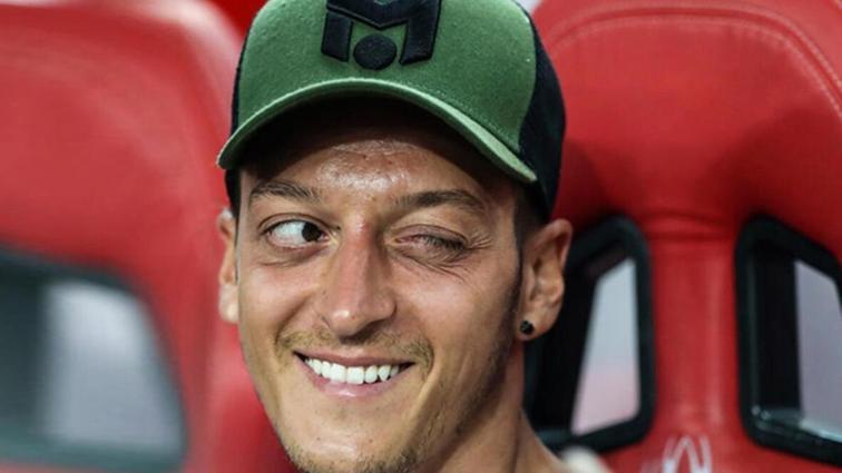 Mesut Özil: İlgiden memnunum