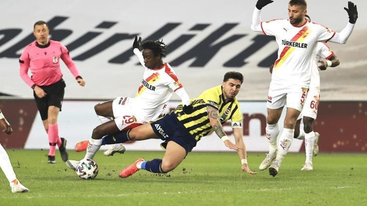 Ozan Tufan'dan Hüseyin Göçek'e: Mahvediyorsun bizi ya! Galatasaray maçı gibi...