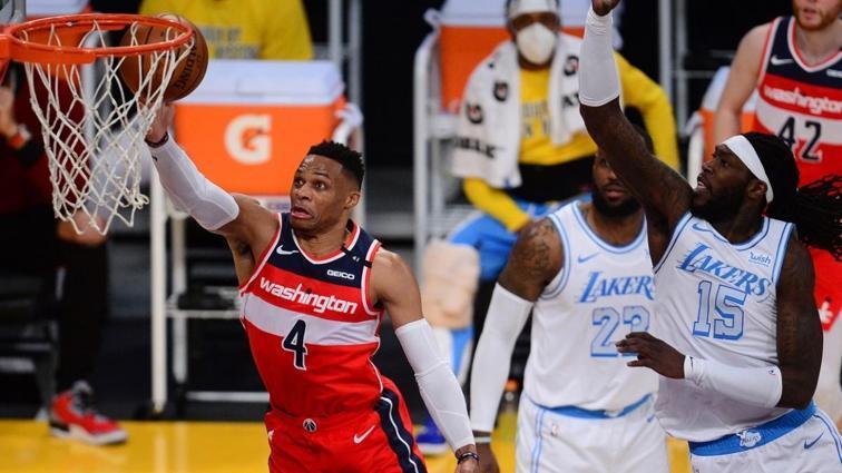 Washington Wizards, Los Angeles Lakers'ı uzatmada devirip seriyi 5 maça çıkardı