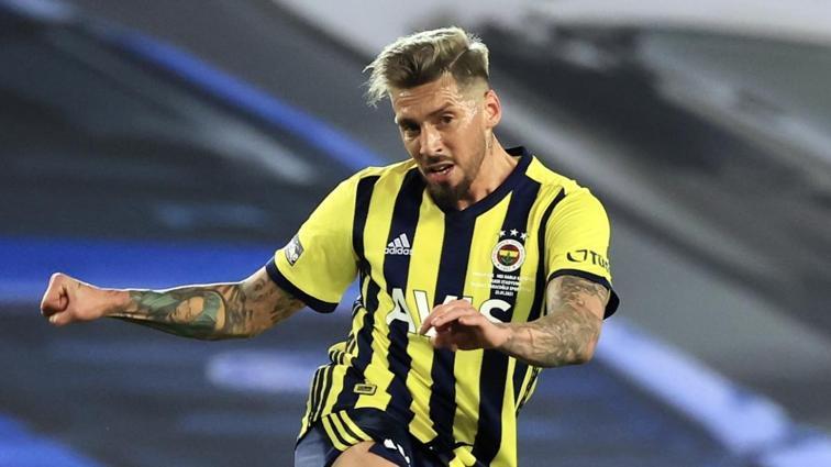 Fenerbahçe'de hayal kırıklığının adı Jose Sosa