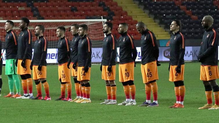 Galatasaraylı yıldız futbolcudan veda gibi paylaşım
