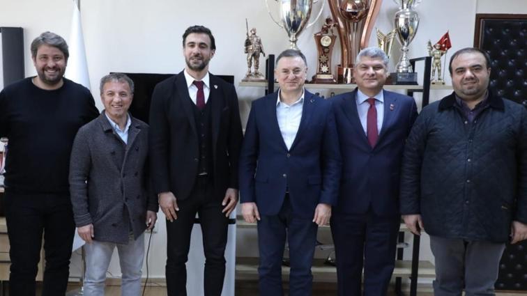 Hatayspor, teknik direktör Ömer Erdoğan'ın sözleşmesini 2 yıllığına uzattı
