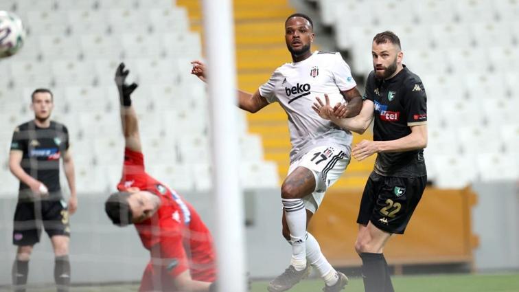 Larin: 'Aboubakar ile futboldan zevk alıyoruz'