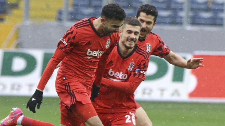 Beşiktaş'ta Rachid Ghezzal geri dönüyor