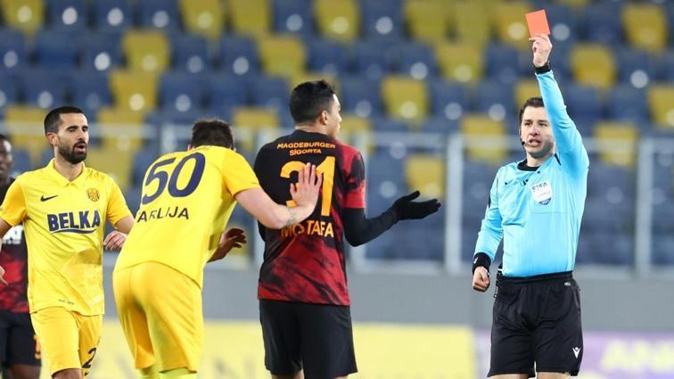 Galatasaraylı Mostafa Mohamed'in cezası açıklandı