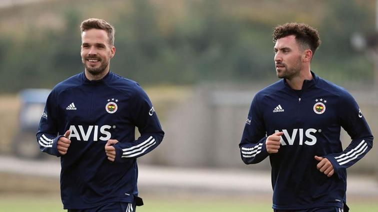 Fenerbahçe'de sakatlık yaşayan Sinan Gümüş takımdan ayrı kalacak