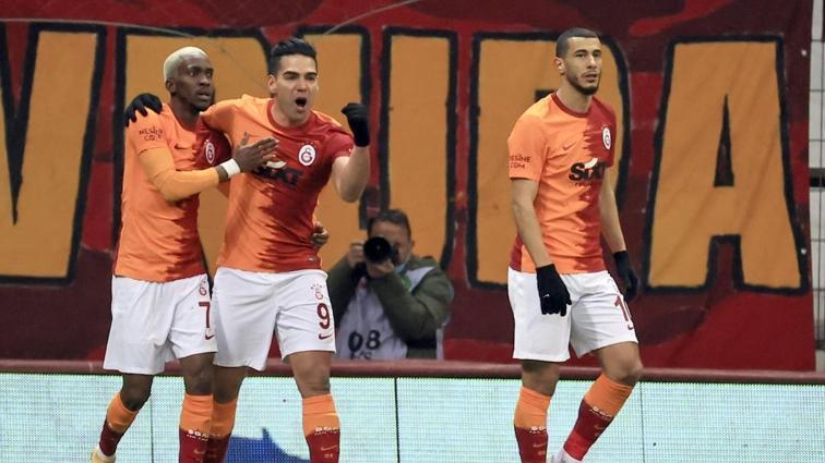 Galatasaray'da Younes Belhanda yönetimi eleştirdi, tercüman çevirmedi!