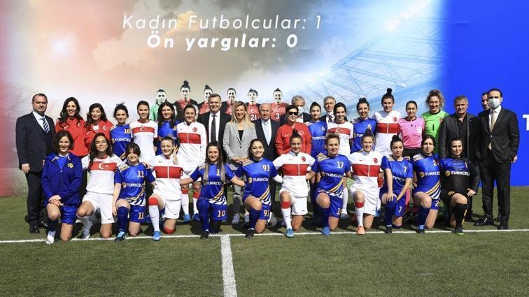Süper Lig'e kadın hakem