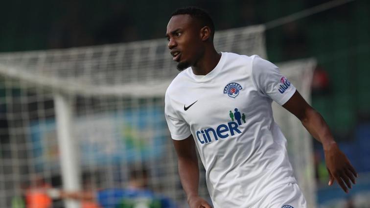 Fode Koita ile anlaşan Trabzonspor, Youssouf Sabaly'yi de bitirmek istiyor