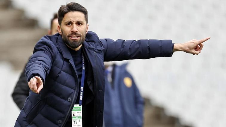 Kasımpaşa'nın yeni teknik direktörü Şenol Can oldu