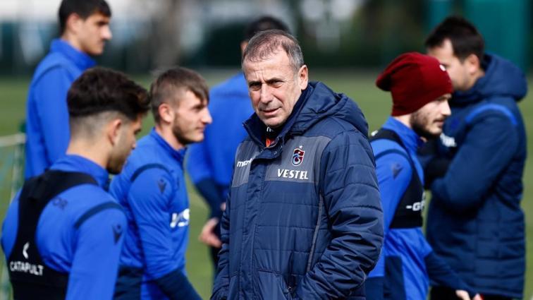 Trabzonspor Abdullah Avcı'yla bir sorunun daha çözdü