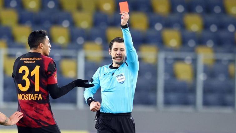 Süper Lig'de bu sezon daha şimdiden kart rekoru kırıldı