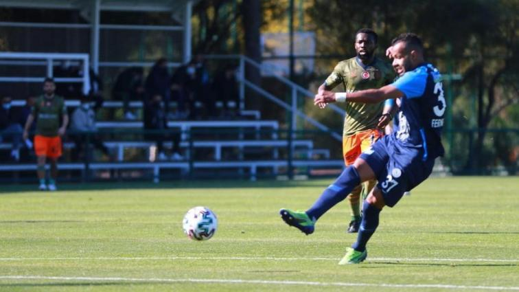 Hazırlık maçında Çaykur Rizespor, Medipol Başakşehir'i mağlup etti