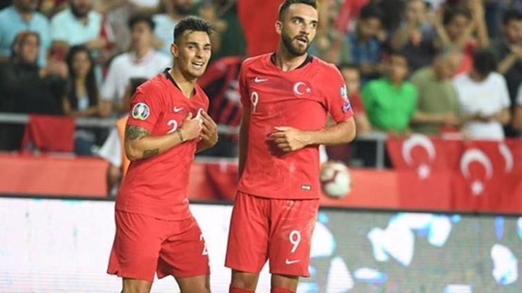 Fenerbahçe ezeli rakiplerinin peşinde olduğu Kenan Karaman'ı istiyor
