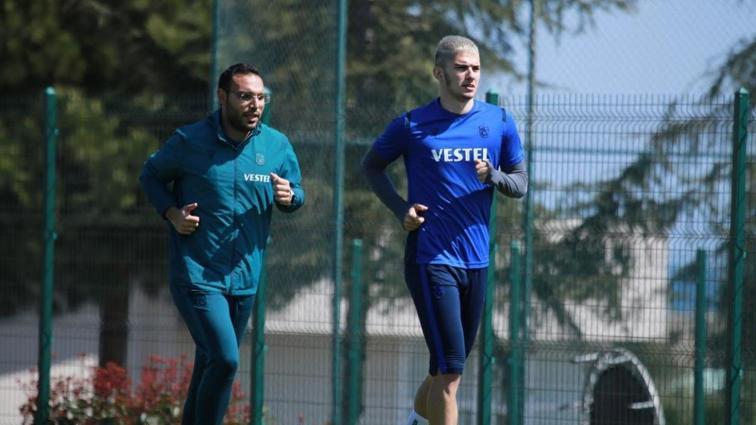 Trabzonspor'da Berat Özdemir ve Kamil Ahmet takımdan ayrı çalıştı