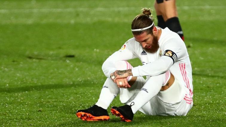 Real Madrid, Sergio Ramos'tan gelen haberle sarsıldı