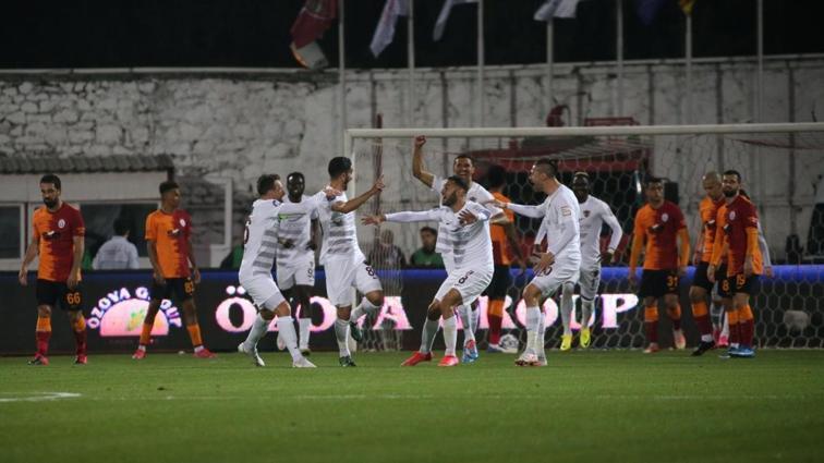 Galatasaray, kafada bitirmiş! 3-0