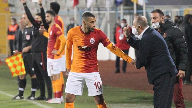 Galatasaray'da Younes Belhanda mumla aranıyor