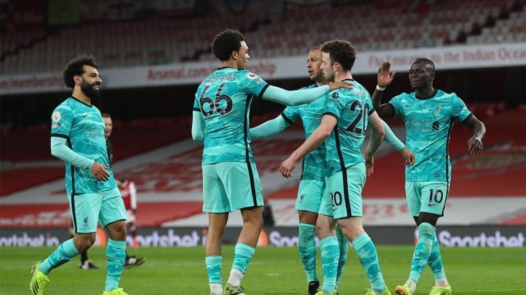 Liverpool, Arsenal'ı deplasmanda 3 golle devirdi