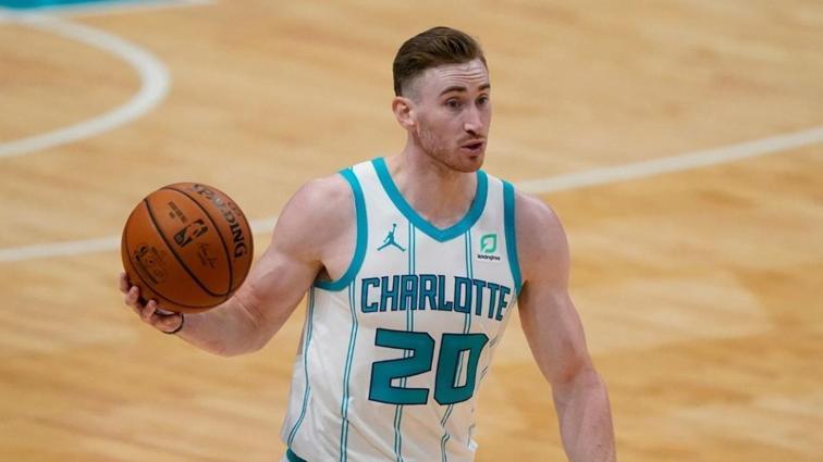 Charlotte Hornets'e Gordon Hayward'dan kötü haber geldi