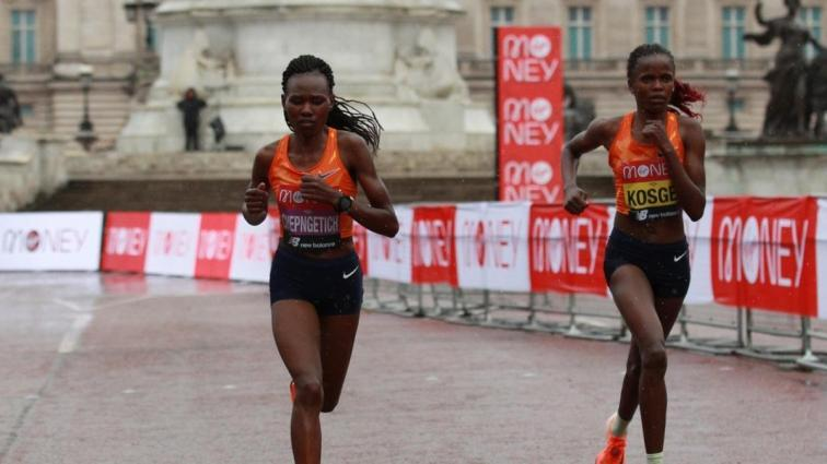 Ruth Chepngetich, İstanbul Yarı Maratonu'nda dünya rekoru kırdı