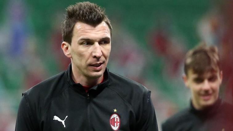 Milan, Mario Mandzukic'i serbest bırakıyor