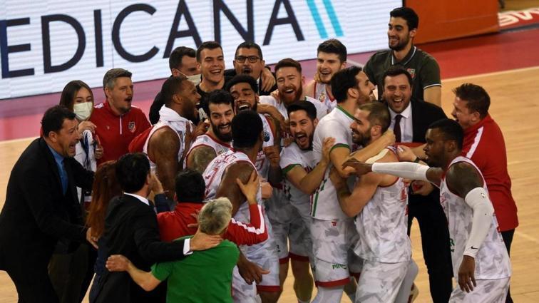 Pınar Karşıyaka, FIBA Şampiyonlar Ligi'nde çeyrek finale yükseldi