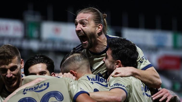 Fenerbahçe'de hedef ligi 10'da 10 ile bitirmek