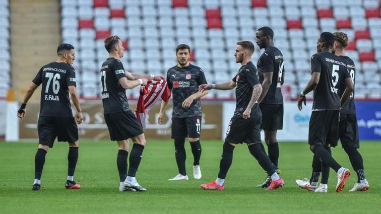 Fraport TAV Antalyaspor, 6-0'lık Atakaş Hatayspor maçından bu yana ilk kez evinde kaybetti