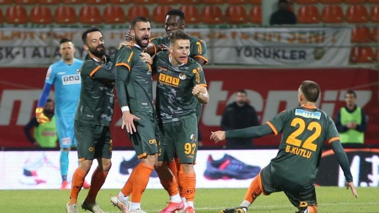 Aytemiz Alanyaspor, Yukatel Denizlispor'u ateşe attı! 3-2