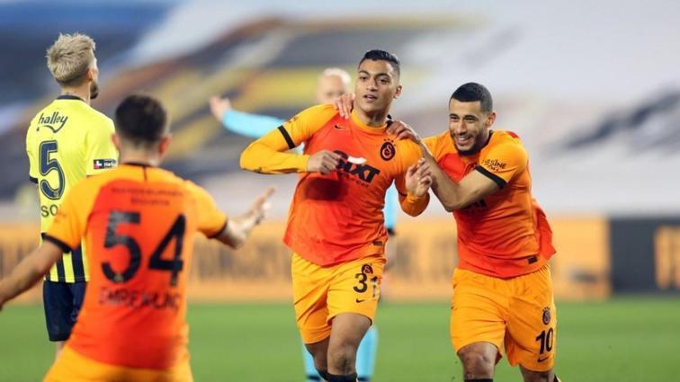 Galatasaray yine Kadıköy galibiyeti sonrası düşüşe geçti