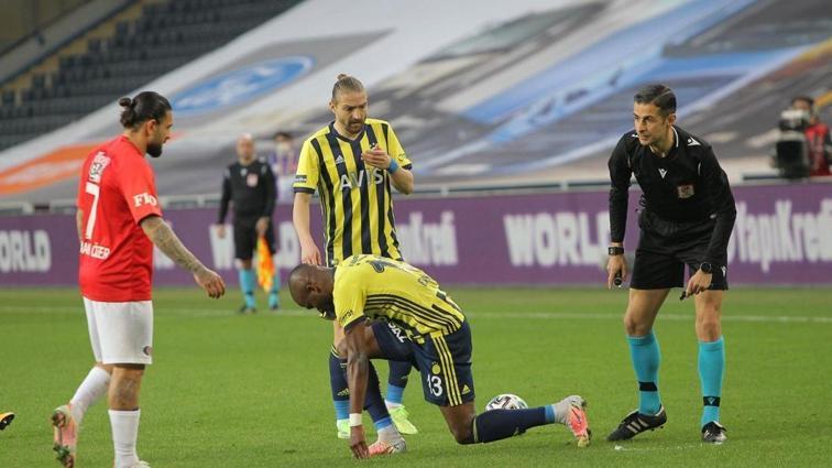 Mehmet Büyükekşi: Hakem bütün takdir haklarını Fenerbahçe'den yana kullandı