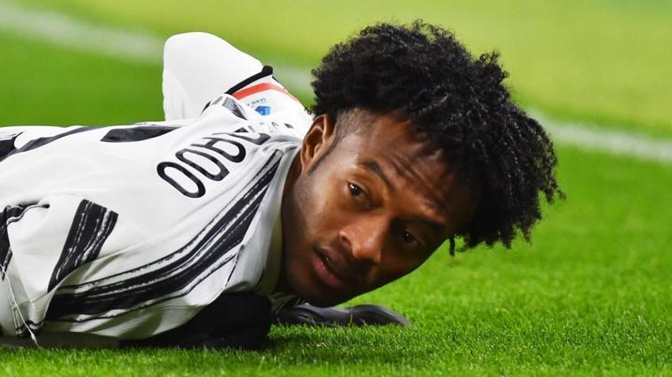 Juventus, adı Galatasaray'la da anılan Juan Cuadrado ile sözleşme yeniliyor