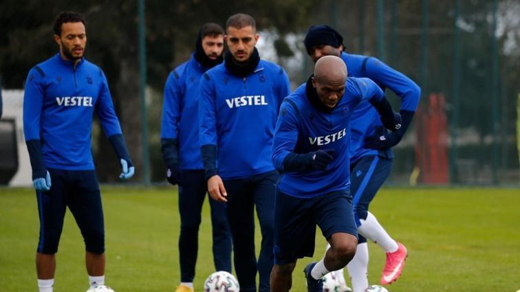 Trabzonspor'da Nwakaeme ve Afobe takımla çalışmalara başladı