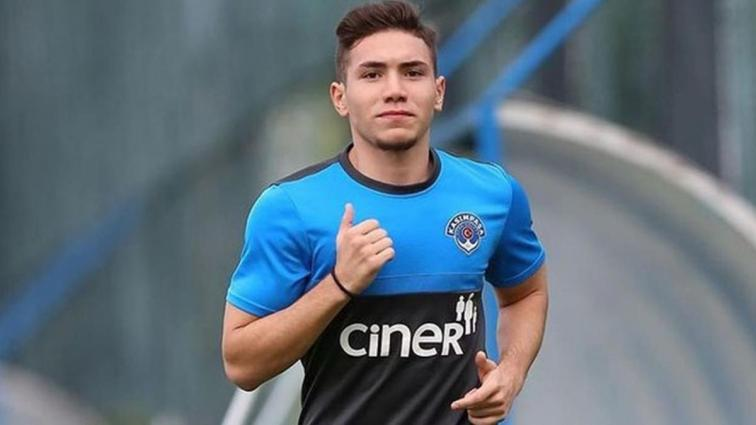 Galatasaray genç yıldızın transferini tamamladı