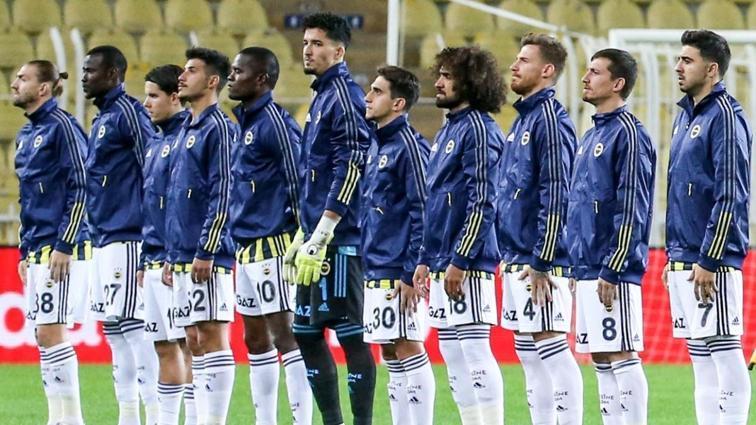 Fenerbahçe'de 7 futbolcu Başakşehir maçını sınırda oynayacak