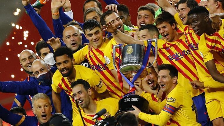 Lionel Messi'nin yüzünde güller açtı: İspanya Kral Kupası'nda şampiyon 31. kez Barcelona