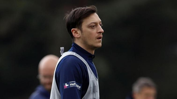 Mesut Özil'in bu akşamki Başakşehir maçının kadrosunda yer alması bekleniyor