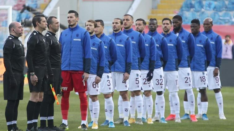 Trabzonspor, Galatasaray derbisinin kadrosunu açıkladı