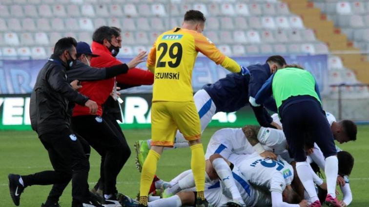 B.B. Erzurumspor, 90+6'da attığı golle Yeni Malatyaspor'u 1-0 mağlup etti