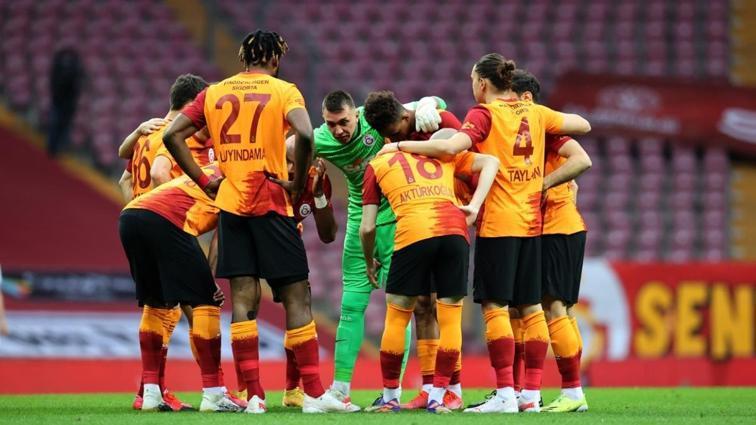 Galatasaray, Antalyaspor maçının kadrosunu duyurdu