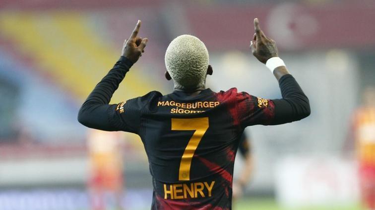 Galatasaray'da Onyekuru'nun Antalyaspor maçında da oynaması zor