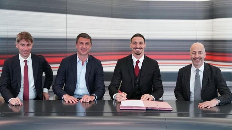 Zlatan Ibrahimovic Milan ile 1 yıl daha sözleşme imzaladı