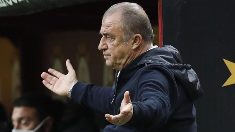Son dakika haberi: Galatasaray'da Fatih Terim Christian Luyindama'yı gözden çıkardı