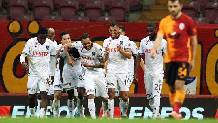 Trabzonspor 2 eksikle Fatih Karagümrük'ü konuk ediyor