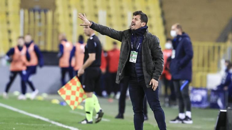 Emre Belözoğlu, maç sonu yaşananlar hakkında konuştu: 'Ben futbolcuyken de sataşıyordunuz' dedim'