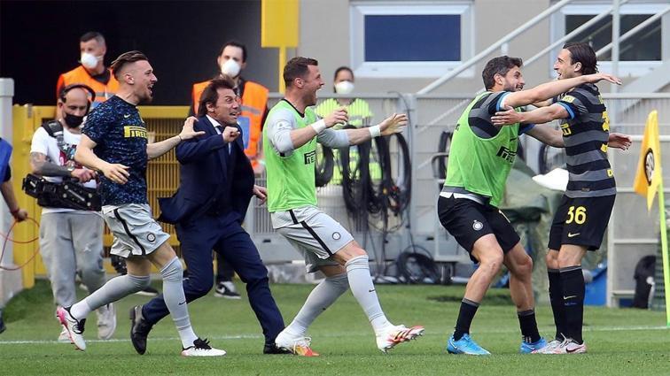 Inter, şampiyonluğa koşuyor: 1-0